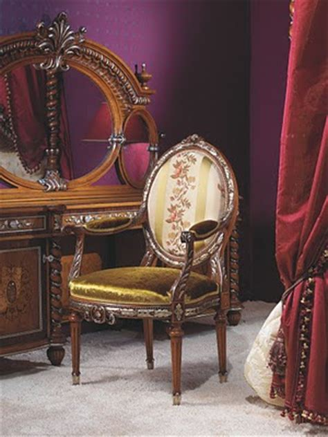 antique italian classic furniture bedroom in rococo style