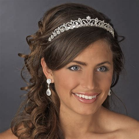 Wedding Hairstyles Through The Ages by How To The Bridal Headpiece For The Big Day