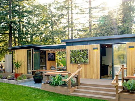 backyard cottages florida meet one of our favorite prefab homes in california sunset