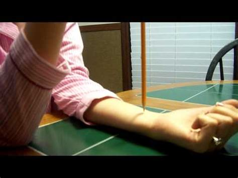 swinging needle pregnancy test gender needle trick how to make do everything