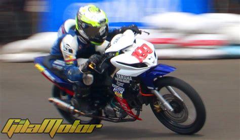 Kaos Baju Pakaian Otomotif Motor Yamaha Jupiter Z1 Murah modifikasi yamaha jupiter z1 juara berkat rasio dan suspensi gilamotor