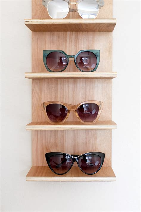 Diy Sunglasses Rack by Renter Friendly Diy Sunglasses Holder For End Of Summer