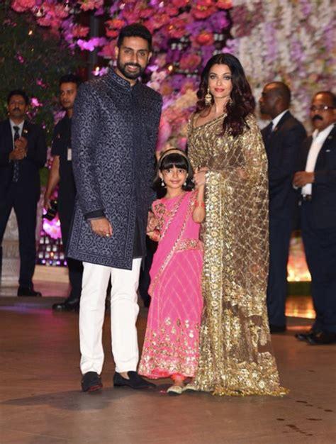 aishwarya rai sari akash ambani engagement aishwarya rai bachchan in manish