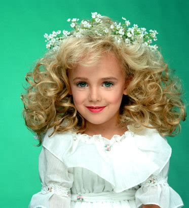 vanidad o banalidad princesitas o el maltrato infantil disfrazado y