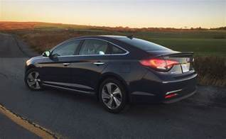 Hyundai Sonata Hybrid 2016 2016 Hyundai Sonata Hybrid Limited Review Do The Fuel