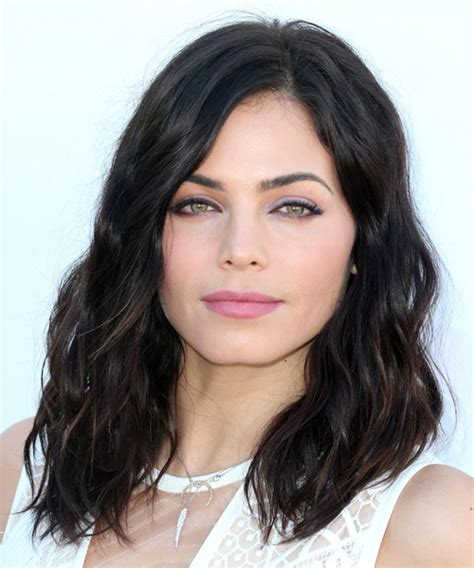 how to style jenna dewans short hair jenna dewan medium wavy casual hairstyle mocha