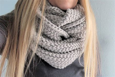 chunky free knitting patterns knitnscribble chunky cowls big scarf patterns with