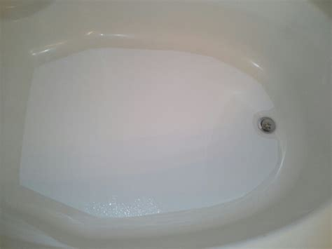 Bathtub Refinishing Ri by Bathroom Refinishing Repair Reglazing Bathtub
