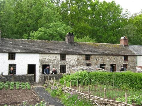 a row of old cottages picture of st fagans national