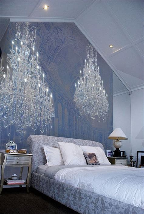 Decorating Bedrooms With Wallpaper   19 Eye Catchy