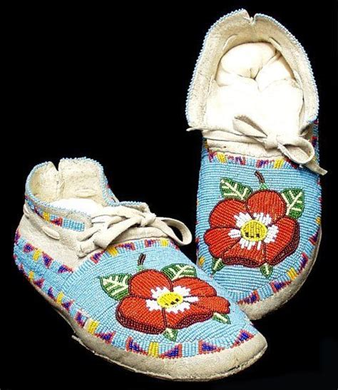 beadwork rose quot shoshone quot beadwork mocassins no date or additional