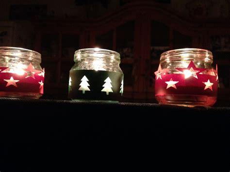 lavoretti di natale con candele candele di natale fatte con i vasetti degli
