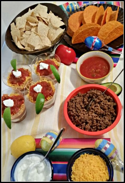 Taco Bar Toppings by Freshen Up Your With A Diy Taco Bar Publixfiesta