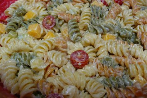 easy pasta salad recipe top notch mom easy and delicious pasta salad recipe on rotini pasta the