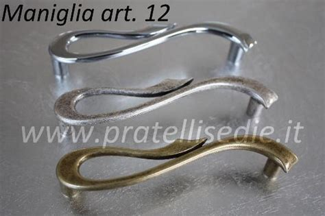 maniglie per comodini nuova linea di maniglie e pomelli pratellisedie it