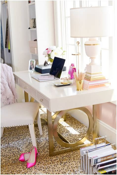 10 Chic And Beauteous Home Office Desk Ideas Chic Office Desk