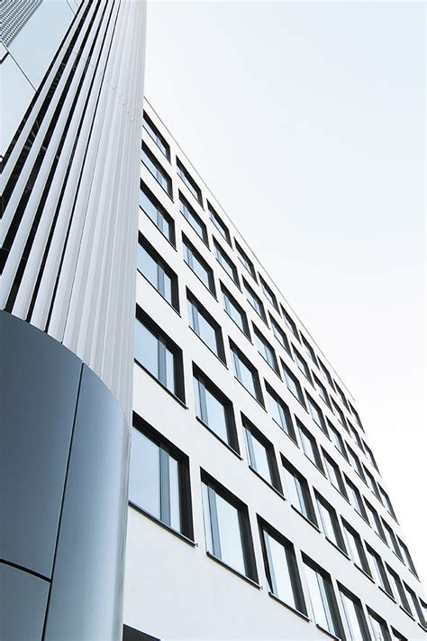 eins architekten fassadensanierung l 252 tzowstra 223 e eins eins architekten
