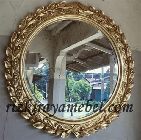 Cermin Ukiran Jepara cermin ukiran cengkih rizki raya mebel