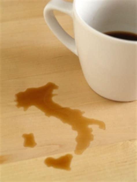 Wie Entferne Ich Kaffeeflecken Aus Dem Teppich by Kaffeeflecken Entfernen Aus Teppich Sofa Kleidung Hemd