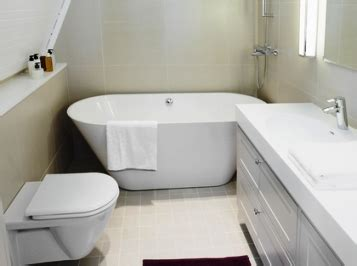 compact bathtubs look out for smaller size or compact bathroom suites for decorating a small bathroom