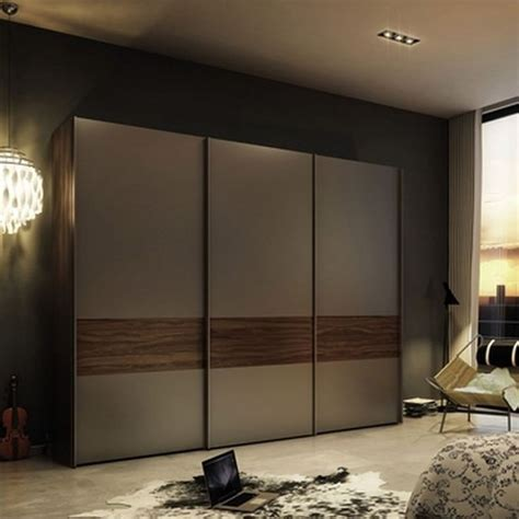 sliding door for bedroom entrance 25 best ideas about wardrobes with sliding doors on