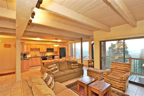 mammoth lakes cabin mammoth cabin rentals ski in out cabins by the mammoth lakes