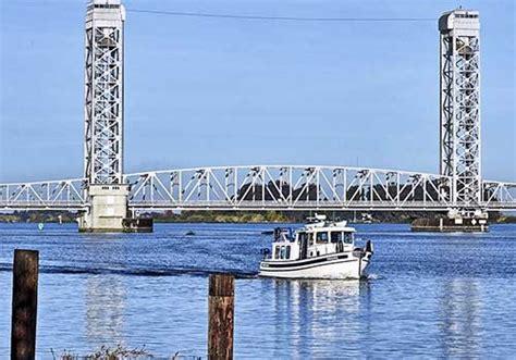 sacramento river boat rental delta marina rio vista sarah smith