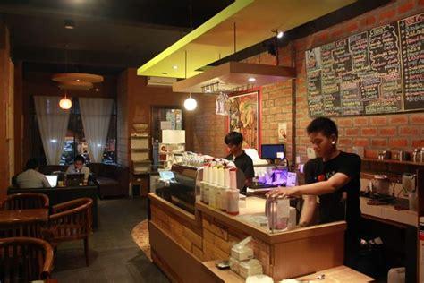 desain gambar warung kopi nongkrong asyik di warung kopi bojonegoro panduan wisata