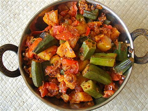 Wonderfully Enticing Indian Cooking Blogs by Sukhi Subji Aloo Bhindi Indian Food Recipes Food And