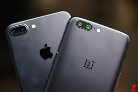 oneplus 5 vs apple iphone 7 plus everything at a glance