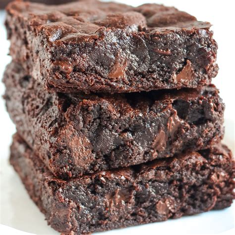 best chocolate brownies best chewy brownies handle the heat