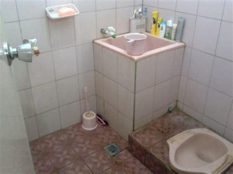 rumahsederhana2016 desain kamar mandi ukuran kecil images pemilihan model keramik lantai kamar mandi minimalis