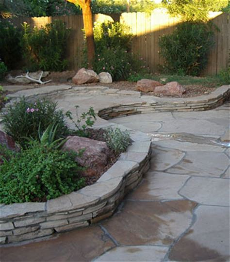 natural impressions retaining wall blocks flagstone landscape