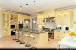 Kitchen Center Island World Class Waterfront Estate Sold Pricey Pads