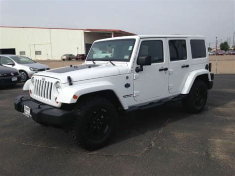 auto air conditioning repair 2012 jeep wrangler interior lighting purchase used 2012 jeep wrangler unlimited sahara sport utility 4 door 3 6l in amarillo texas