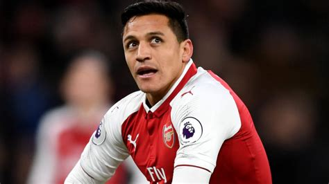 alexis sanchez esposa chelsea interested in signing alexis sanchez from arsenal