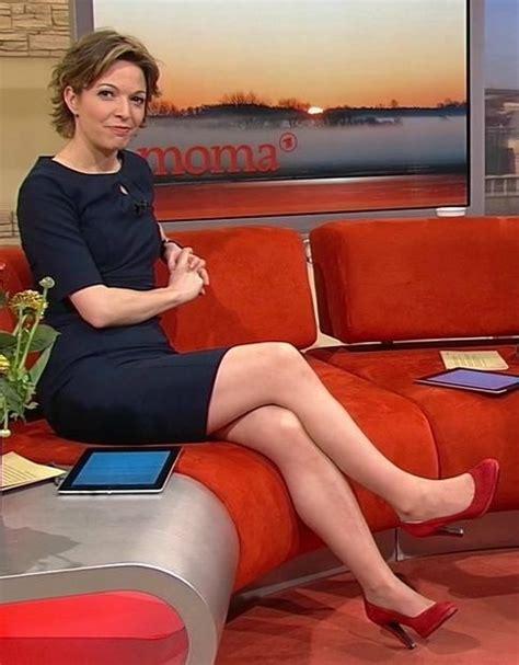 Anna Planken Red Shoes C L Brit S Pr Sentatrices Chaussures Rouges Pinterest Anna