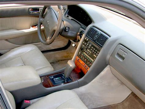 File Lexus Ls400 Interior Front1 Jpg Wikimedia Commons