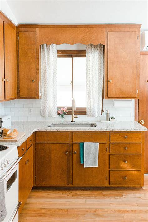 century kitchen cabinets best 25 mid century kitchens ideas on pinterest mid