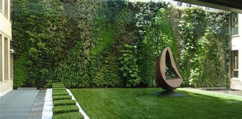 Pareti Vegetali Per Interni by Cyber Garden La Nuova Fragranza Verde Di Costume National
