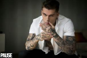 stephen james poses for pause dishes on controlling his