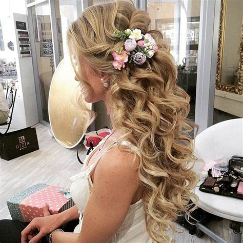 Wedding Hairstyles Instagram by 28 Trendy Wedding Hairstyles For Chic Brides Stayglam