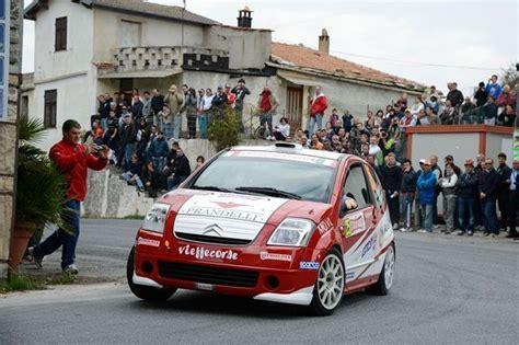 Durante Un Rally L Automobile by Rally L Automobile Club Messina Festeggia I Cioni D