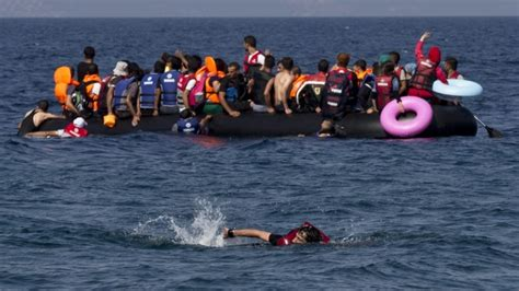 refugee crisis europe boat refugee crisis expands babies children drown as boat