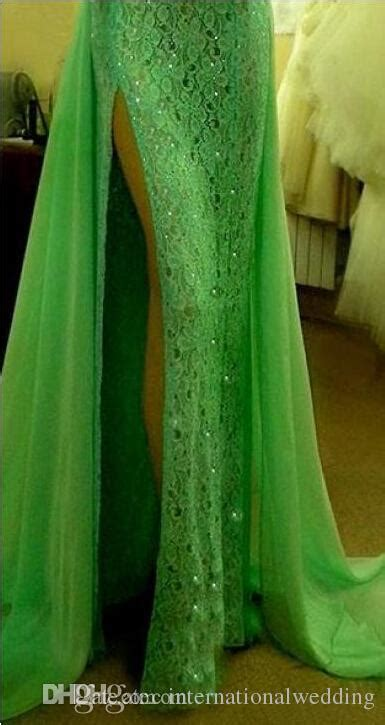 2015 Emerald Green Evening Dresses High Collar With