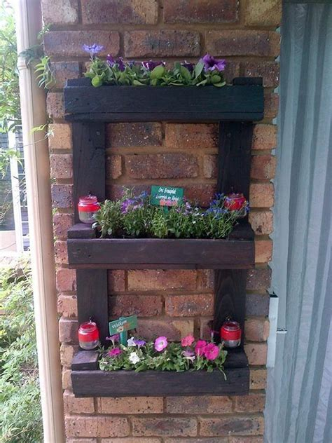 Small Wall Planter by Small Wall Planter From Pallet Pallet Wood Creations