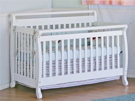 Million Dollar Baby Crib Emily Davinci Emily 4 In 1 Convertable Crib With Toddler Rail White White Bed For