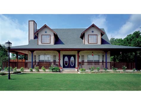 Hunters Pointe Bungalow Home Plan 111d 0003 House Plans Country House Plans Bungalow