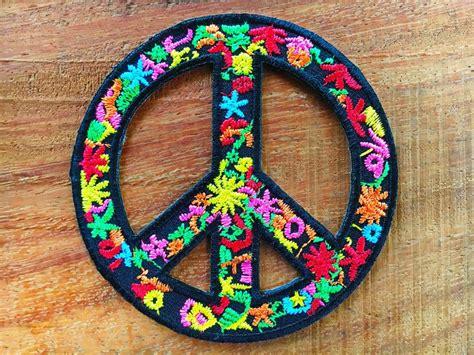 hippie bloemen 25 beste idee 235 n over hippie bloemen op pinterest bloem