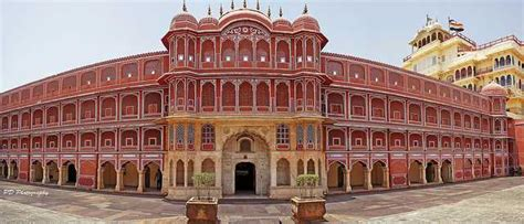 Architecture Styles by 21 Majestic Palaces And Forts In India